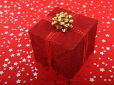 15 Corporate Christmas Gift Ideas to Reward Your Customers this Christmas