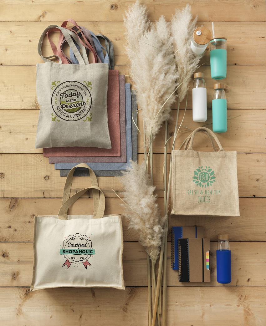 canvas and jute promotional bags made from environmentally friendly material making them strong and durable for use at a trade show and beyond