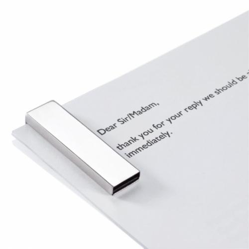 Tag USB Flash Drive