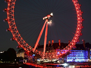 Promotional Toothbrushes Challenge Coca Cola's London Eye Branding #CleverPromoGifts